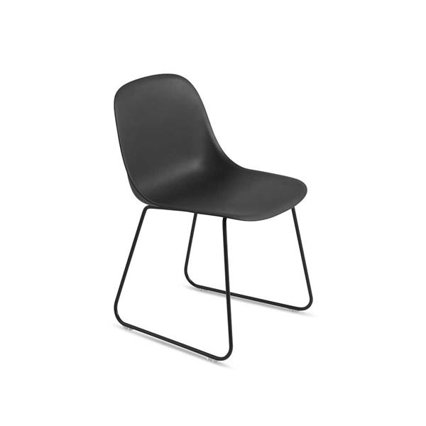 Image of   Muuto Fiber Side Chair. Skalstol. Medestel