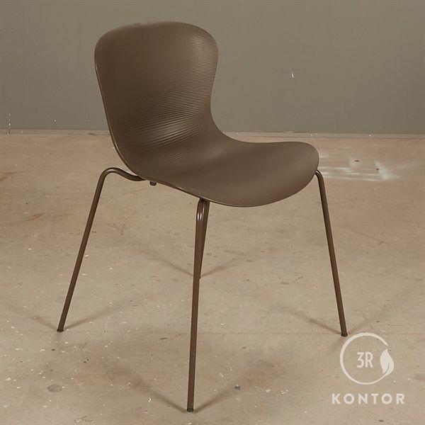Image of   Fritz Hansen Nap stol, mørkebrun sæde og stel.