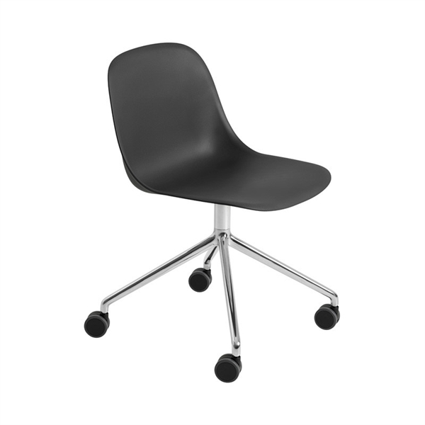 Image of   Muuto Fiber Side Chair. Skalstol. Drejefod med Hjul