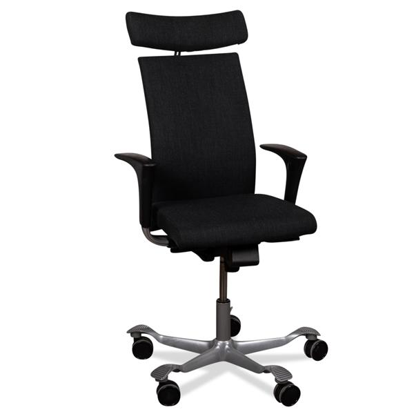 Image of   Håg 04 kontorstol. Grå. Armlæn. Nakkestøtte. Grå fodkryds.